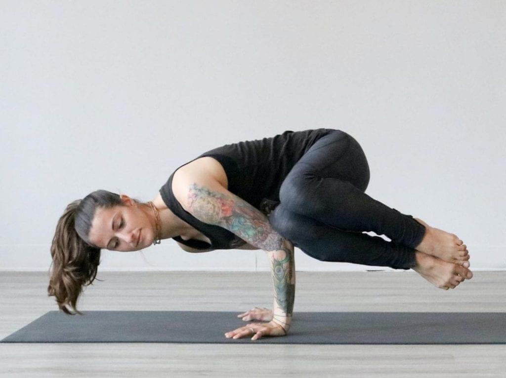 Una-introducción-al-yoga-Iyengar-y-sus-beneficios
